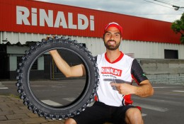 Rigor Rico e o pneu Rinaldi SR Hard